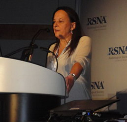 Fig.5: Dra. Gloria Soto (presidente CIR)