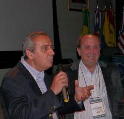 Dres.Hugo Guerra y Sergio Moguillansky coordinando el Encuentro