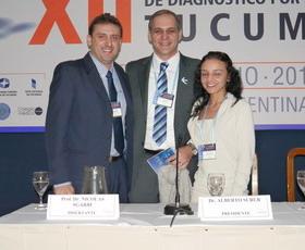 Prof. Dr. Nicolás Sgarbi, bajo la presidencia del Dr. Alberto Surur y la secretaría de la Dra. Carolina Paulazo.